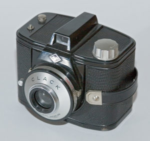 Agfa CLACK: Autor: Sven Storbeck - Eigenes Werk, CC BY-SA 3 0, httpscommons.wikimedia orgwindex.phpcurid=266840